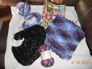 Yarn Along -2 Jan
