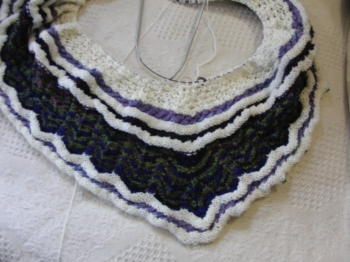 yarn along -27 march shawl