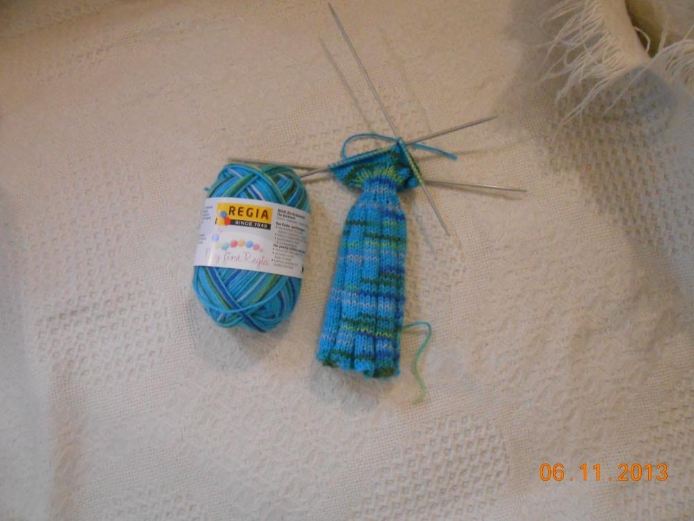Yarn Along 12 June 2 (1000x750)