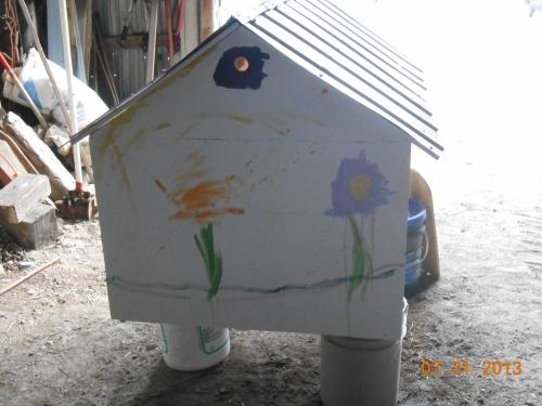 Daisy House 1 (1000x750)