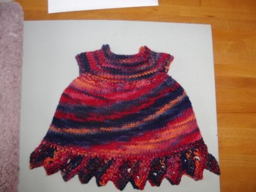 Yarn Along 13 Aug (1000x750)