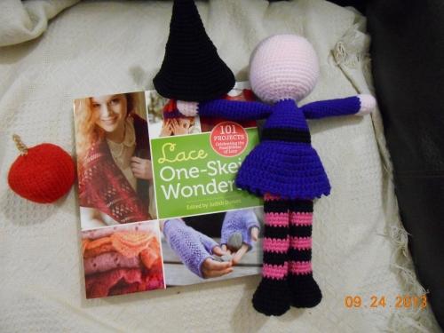 yarn along -25 II (1000x750)